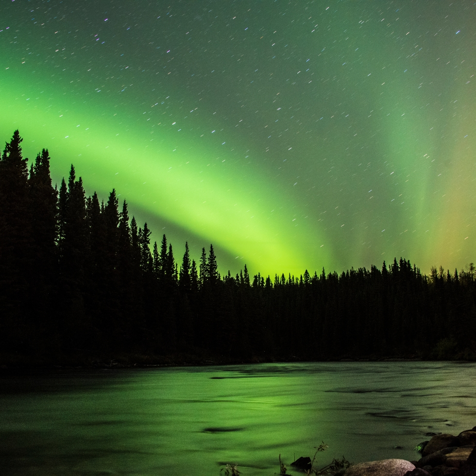Janie Viehman Photography | Northern Lights | Canada | Travel Photographer